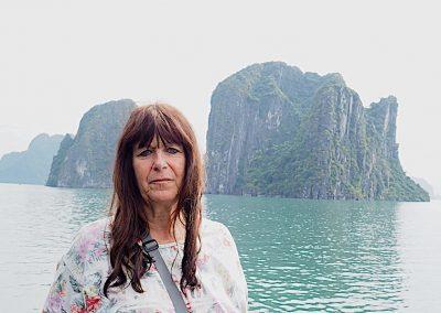 brigitte dans la baie d'Ha Long
