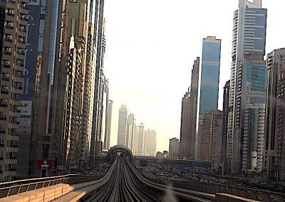 la ligne des grattes-ciels à Dubaï