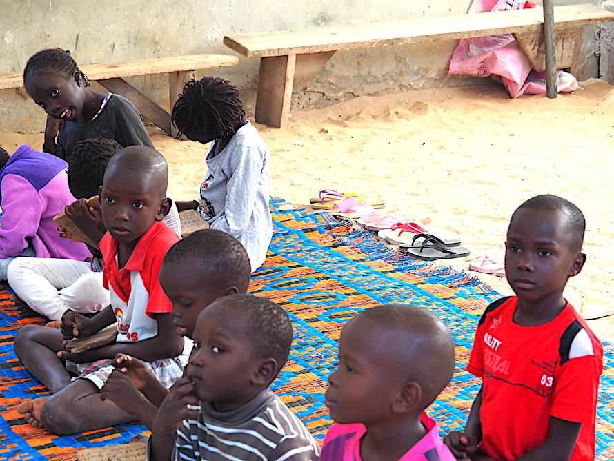 enfants à Ngor