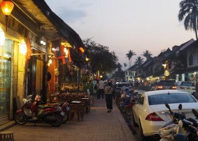 A la nuit tombée à Luang Prabang