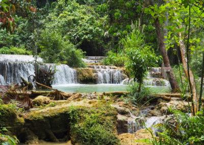 chute d'eau à Kuang Si