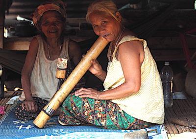 Femme Katu du plateau de Boloven dans le sud du Laos