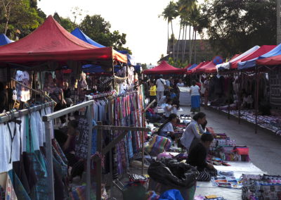 marché de nuit à Luang Prabang