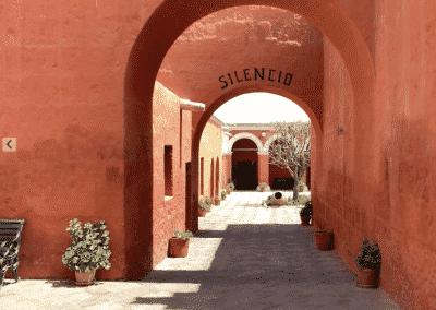 Entrée du monastère de Santa Catalina