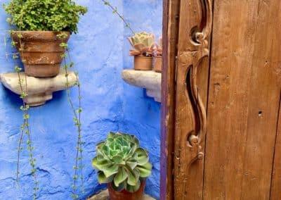 Porte d'entrée d'une maisonnette du couvent de Santa Catalina