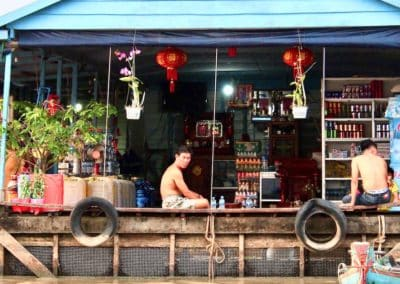 épicerie du village flottant de Kampong Chhnang