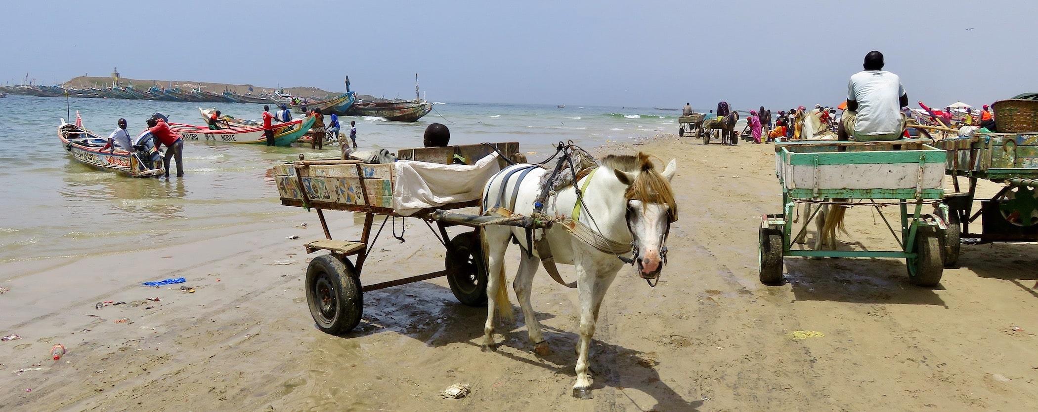 la plage de Yoff au Sénégal