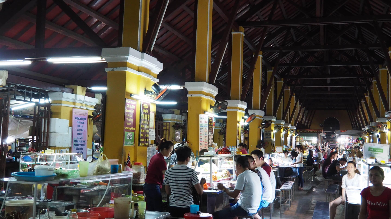 le marché de nuit de Hoi An