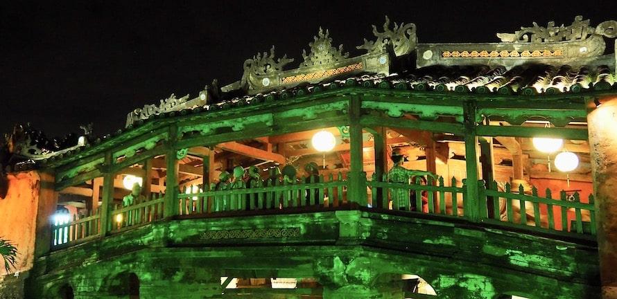 le pont pagode de Hoi An