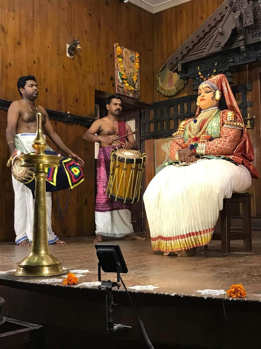 spectacle Kathakali